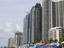 Sunny Isles Beach Collins Avenue highrise condos