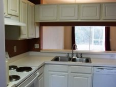 Fully equipped kitchen Wesley Chaepel townhome